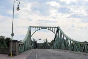 Glienicker, Brücke